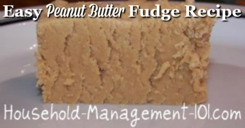 Easy peanut butter fudge recipe, perfect for Christmas or really any time {on Household Management 101} #PeanutButterFudgeRecipe #EasyDessertRecipe #PeanutButterFudge