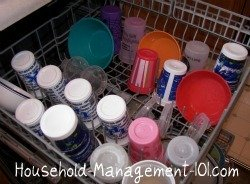 How to load the top rack of your dishwasher {on Household Management 101}