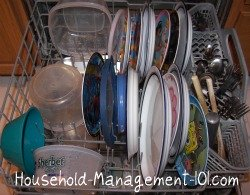 How to load the bottom rack of your dishwasher {on Household Management 101}